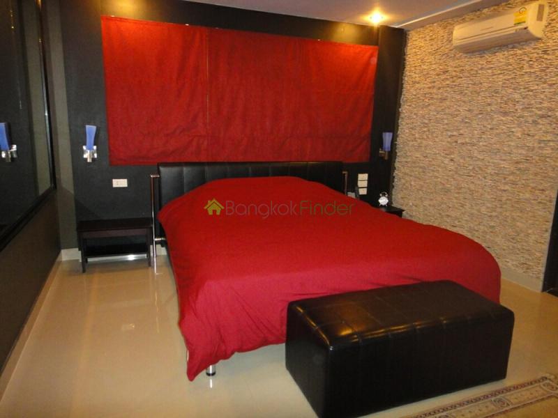 39 Sukhumvit, Phrom Phong, Bangkok, Thailand, 2 Bedrooms Bedrooms, ,2 BathroomsBathrooms,Condo,For Sale,Baan Prompong,Sukhumvit,5437